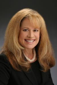 Jeni Pfeiffer, Broker Associate